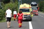 Nehoda tří aut u Prackovic si vyžádala čtyři zranění