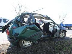 Dopravní nehoda na silnici 1/15 z Litoměřic směrem na Trnovany.