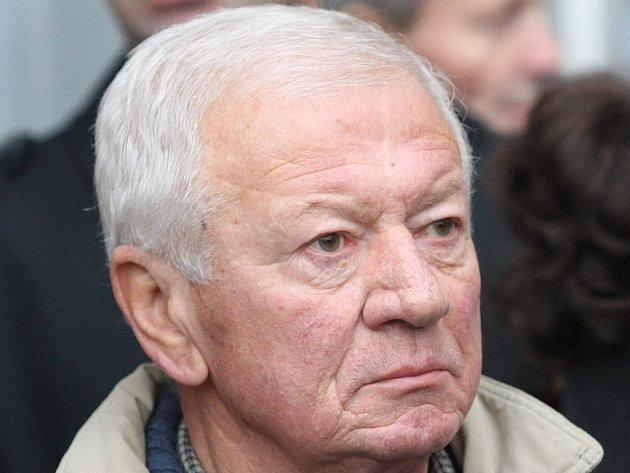 Zemřel první porevoluční starosta Roudnice A. Rous