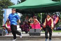 Taneční soubor Farní charity Lovosice Lačho Amicus
