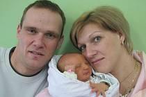 Zdeňce a Vladimírovi Kuncovým z Rochova se v litoměřické porodnici 23. ledna ve 2.35 hodin narodila dcera Karolína. Měřila 52 cm a vážila 3,45 kg. Blahopřejeme!