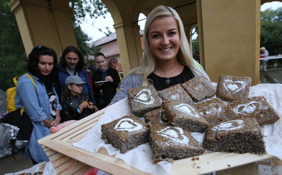 Tradiční makové slavnosti na Zámku Ploskovice.