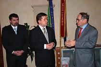 Izraelský velvyslanec Yakakov Levy navštívil Litoměřice.