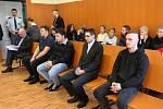 Za smrt podmínka. Litoměřický soud dal tresty za tragickou nehodu v Podsedicích