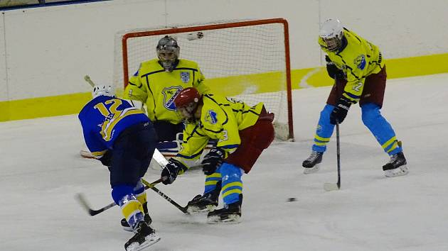 Hokej play-off: Roudnice - Klášterec nad Ohří