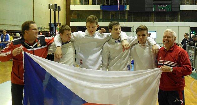 TÝM NA ME. Vchlapeckém družstvu měl litoměřický Slavoj na mistrovství Evropy dva zástupce.