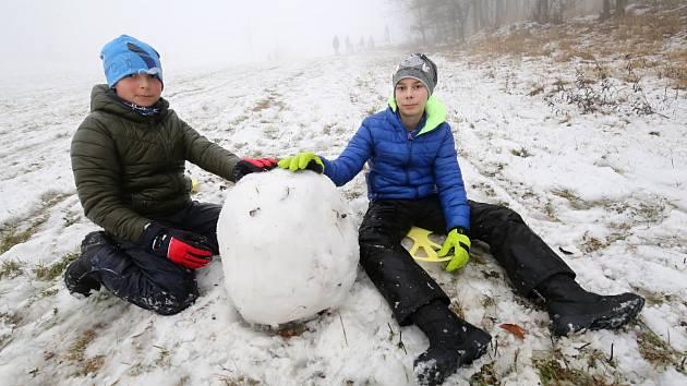 Zimní radovánky na sjezdovce u Tašova