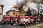 Požár neobydleného domu ve Varnsdorfu.