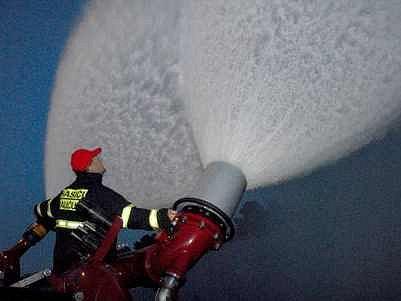 Hasící monitor Ambasador pro likvidaci velkých požárů