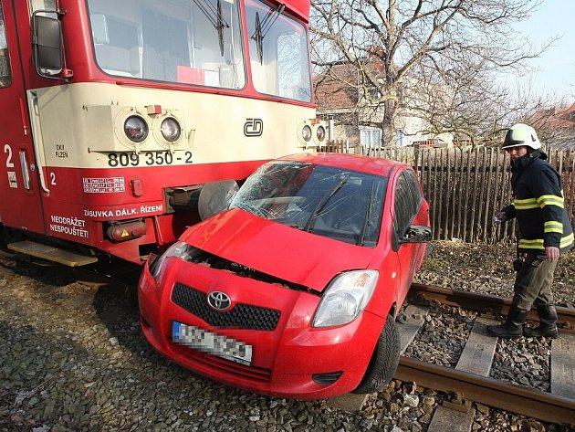 Dopravní nehoda v Roudnici nad Labem.