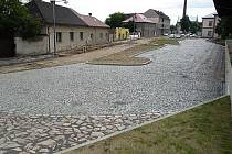Rekonstrukce prostorů u nádraží v Bohušovicích.