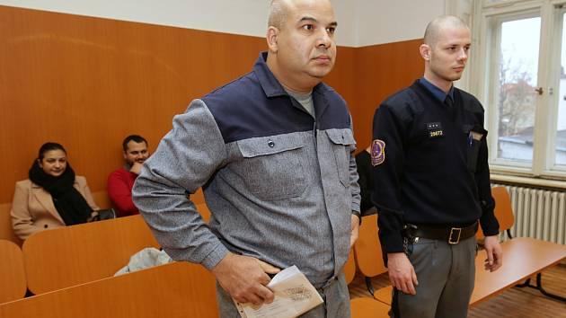 Učitel a zastupitel Marcel Cichý z Trmic žádal o propuštění z vězení, kam ho poslal soud za prodej a distribuci drog
