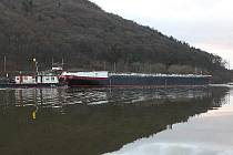 V letošním roce již třetí tanker vyrobený v loděnici společnosti Barkmet ve Lhotce u Lovosic v pondělí sjel na hladinu Labe.
