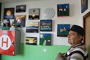 Jozef Mašan rozdává radost prostřednictvím malovaných soviček