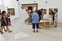 Galerie moderního umění v Roudnici nad Labem zahájila výstavu Ludvíka Kuby a umělců ze skupiny UB 12