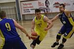 Basketbalový zápas mezi Litoměřicemi a Zlínem.