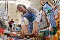 Národní potravinová sbírka v Penny marketu v Litoměřicích