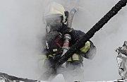 Požár chatky vLitoměřicích.