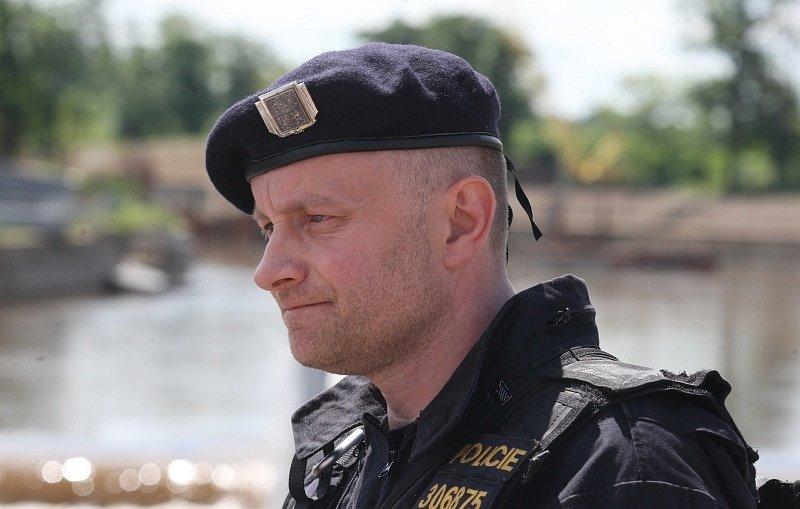 Zachránce Petr Hančl