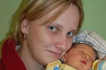 Janě a Vratislavovi Votočkovým z Nových Kopist se v litoměřické porodnici 13. listopadu ve 12.29 hodin narodila dcera Valerie Votočková. Měřila 51 cm a vážila 3,59 kg. Blahopřejeme!