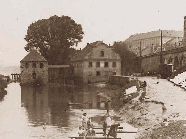 Budova bývalého roudnického mlýna