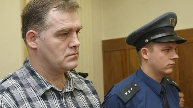 Jiří Vykysal je obžalován v souvislosti se srpnovou tragickou nehodou na Tyršově mostě, kdy řídil pod vlivem alkoholu.