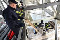 Kontrola Tyršova mostu 18. ledna 2016