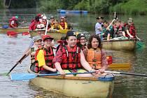 Školáci vyrazili na vodáckou výpravu