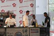 Na 6. ročníku Gastro Food Festu se představilo na 70 vystavovatelů zoboru gastronomie, kteří návštěvníky lákali na řadu nových laskomin připravených například zhadího a krokodýlího masa, zžabích stehýnek i z hmyzu.