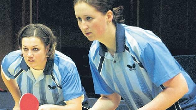 ČTYŘHRA. Litoměřický pár Heda Fousková – Miroslava Ságlová opět potvrdil, že patří v extralize stolních tenistek ve čtyřhře mezi nejlepší.