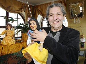 Sváťa a jeho marionety.