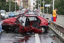 Dopravní nehoda na Tyršově mostě v Litoměřicích - neděle 24. 8. kolem deváté hodiny ranní.