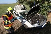 Dopravní nehoda mezi Nížebohy a Budyní nad Ohří.