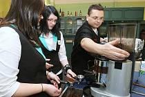 Žáci Střední školy hotelnictví, gastro a služeb v Litoměřicích se účastnili dvoudenního kurzu  baristů.