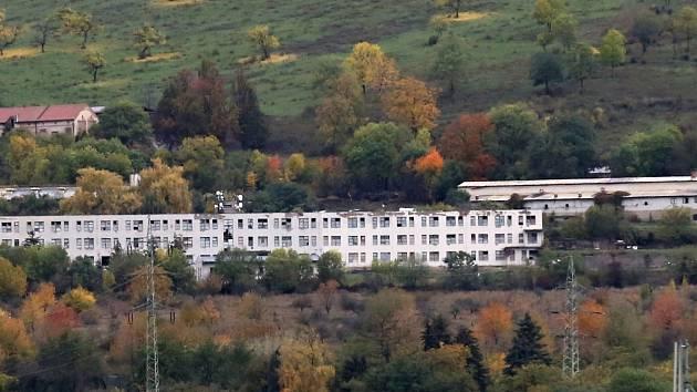 Bývalá drůbežárna nedaleko Vchynic na Lovosicku