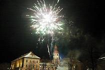 Novoroční ohňostroj v Roudnici nad Labem.