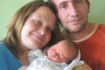 Martině a Jaroslavu Duškovým ze Žitenic se v litoměřické porodnici 19. června ve 2.54 hodin narodil syn Kryštof Dušek. Měřil 49 cm a vážil 3,72  kg. Blahopřejeme!