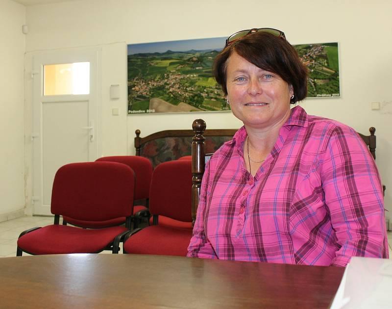 Starostka Podsedic Veronika Kulichová vede obec už 11 let.