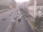 FOTO: Nehoda dodávky uzavřela v noci most v Roudnici