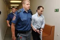 Hlavní líčení v případu přepadeného litoměřického podnikatele Papouška začalo.