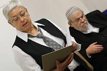 V Terezíně četli dalších 100 jmen židovských obětí