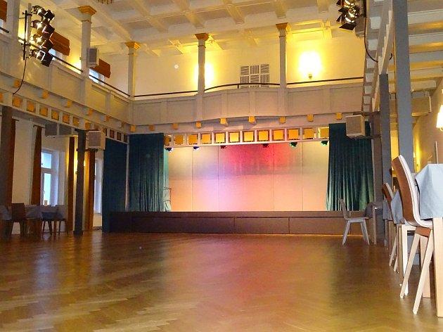 Centrum kultury Lovoš.