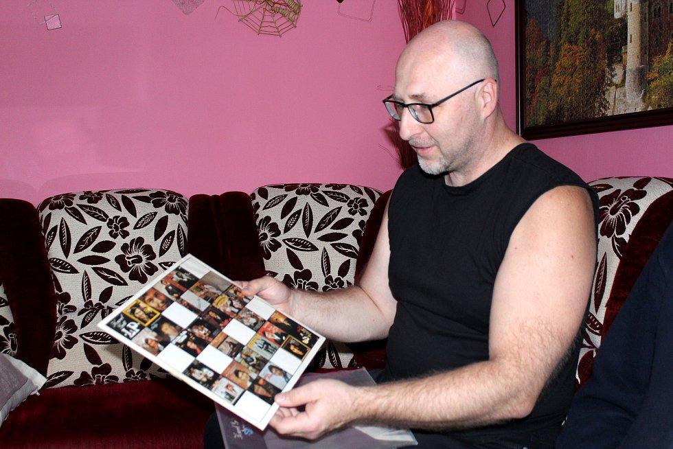 Jan Kubů je největším sběratelem nosičů s písničkami Karla Gotta. Rodák z Duchcova žije v Litvínově.