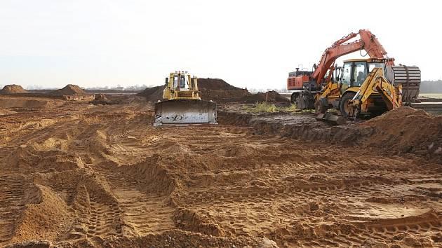 PŘÍPRAVY. Termín zahájení těžby zatím není jasný. Místo musejí prozkoumat archeologové.