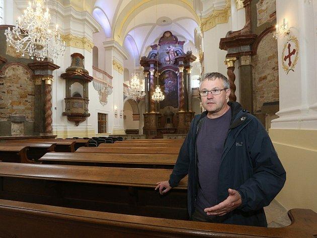 Velice náročná rekonstrukce konojedského kostela Nanebevzetí Panny Marie skončila.