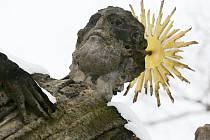 Do liběšického kostela bylo nově umístěno torzo sochy Panny Marie