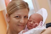 PRVNÍ MIMINKO roku 2014 Tereza Kropáčová se spokojenou maminkou.