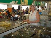 V lovosické centrální školní jídelně měli vloni například Den thajské kuchyně.