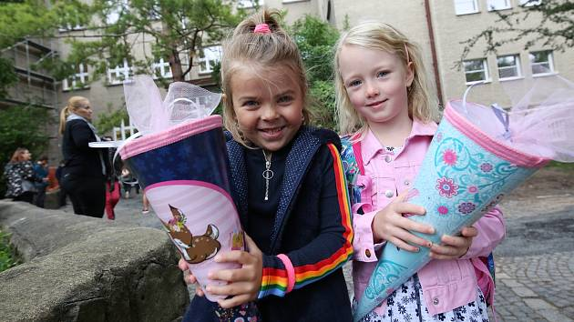 V ZŠ Masarykova v Litoměřicích začal nový školní rok tradičním vítáním prvňáčků