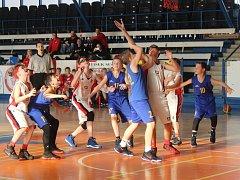 O víkendu pokračují i basketbalové soutěže. Ilustrační foto